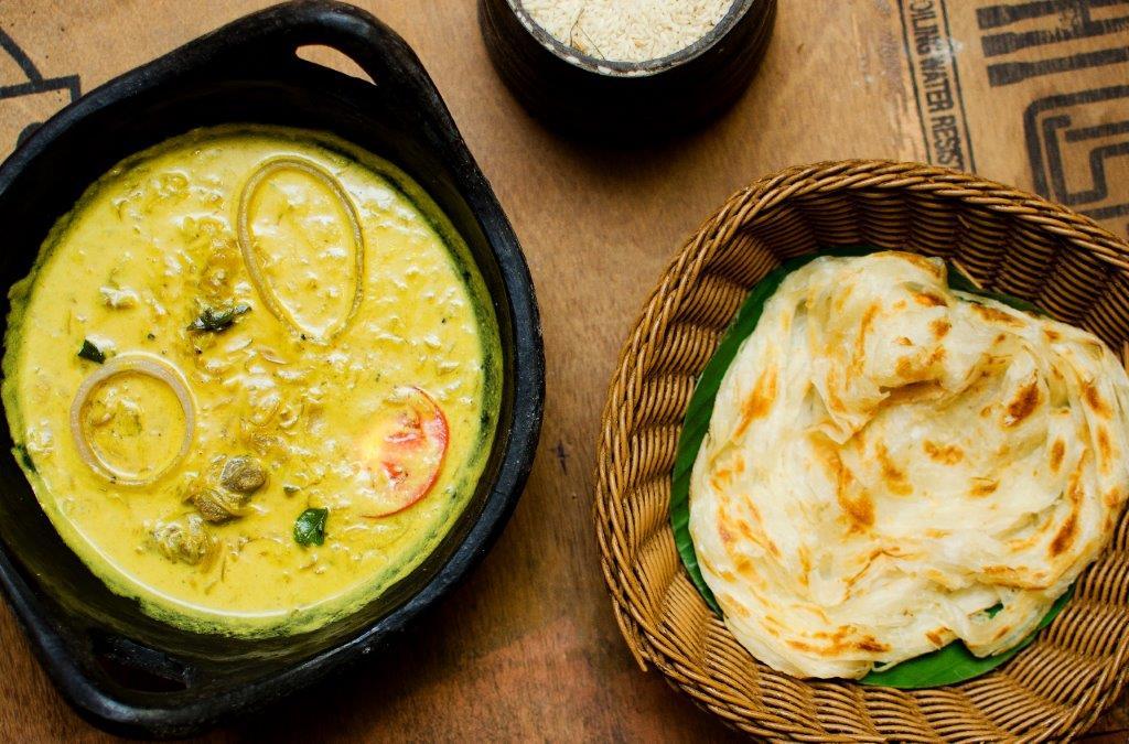 Nadan Kozhi Curry & Malabar Paratha