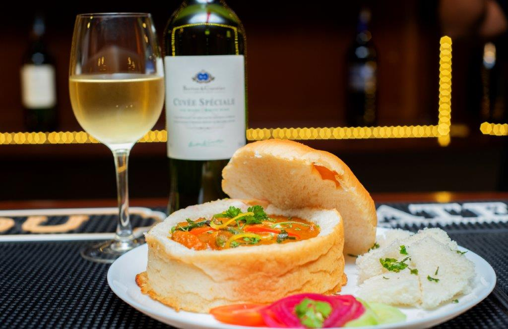 Bunny Chow paired with Barton & Guestier Cuvée Spéciale Blanc White Wine