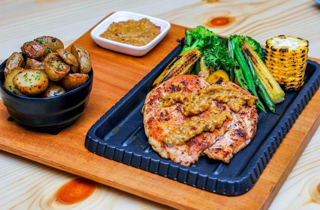 Grilled Goan Xacuti Chicken